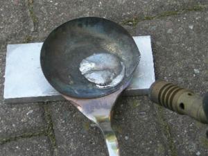 Как рассплавить олово показано на картинке