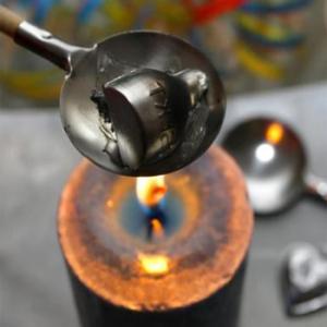 Температура плавления олова не большая
